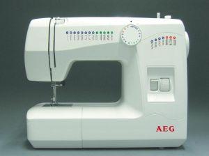 AEG, Šicí stroj s overlockem AEG 220